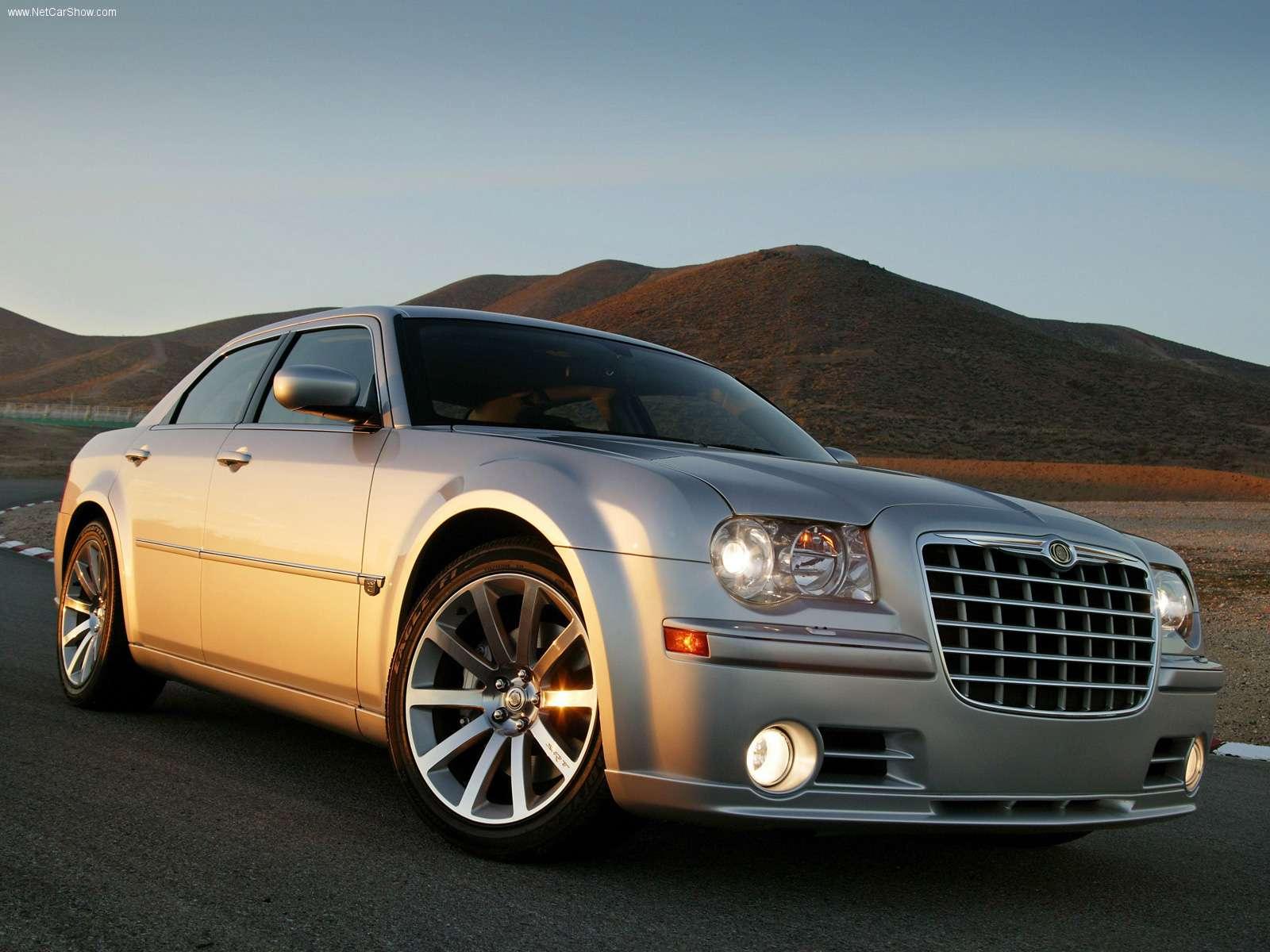 Hình ảnh xe ô tô Chrysler 300C SRT8 2005 & nội ngoại thất