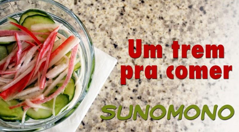 Aprenda no blog Mineira sem Freio a preparar o Sunomono, uma salada de pepino agridoce muito fácil e gostosa!