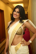 Kratee sizzling photo shoot gallery-thumbnail-13