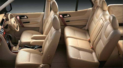 tata-safari-storme-interiors