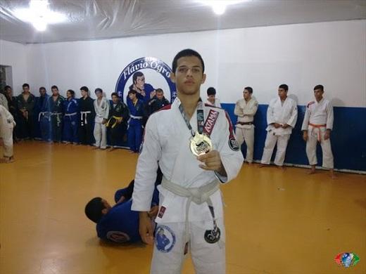 Limoeirenses trazem bons resultados do mundial de jiu-jítsu realizado na cidade de Vitoria-ES