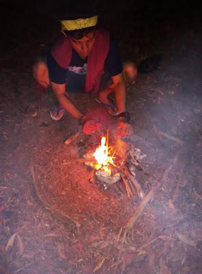Bakar ubi malam hari