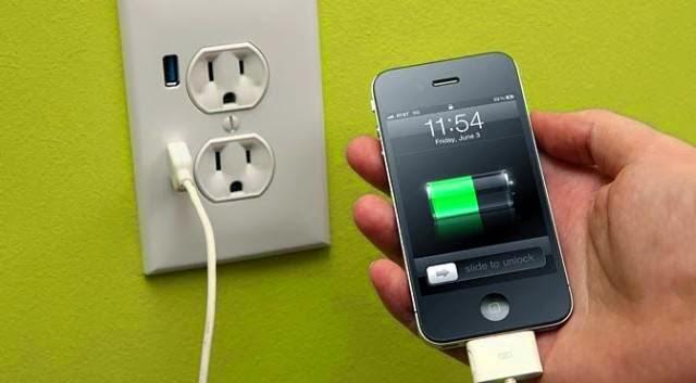 Cara Charge Smartphone Dengan Benar