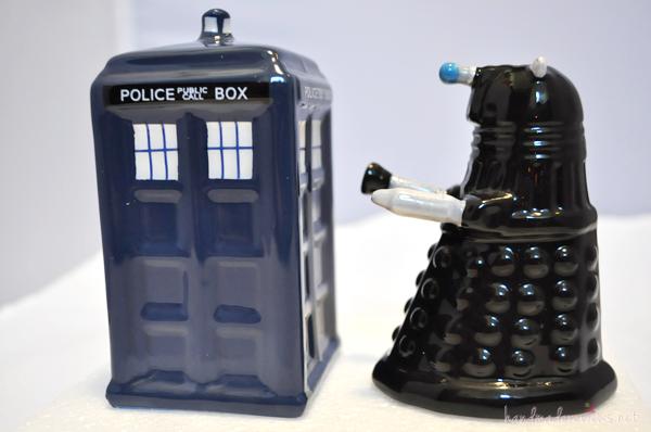 Doctor Who Salt and Pepper Shaker
