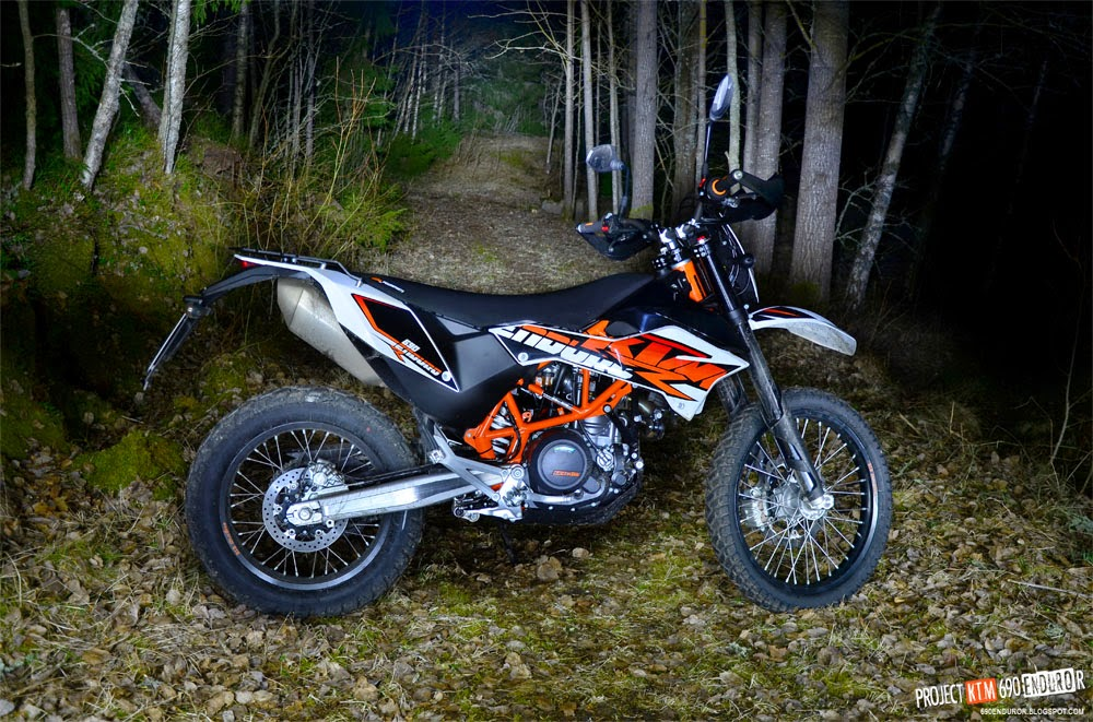 2014 KTM 690 Enduro R at night