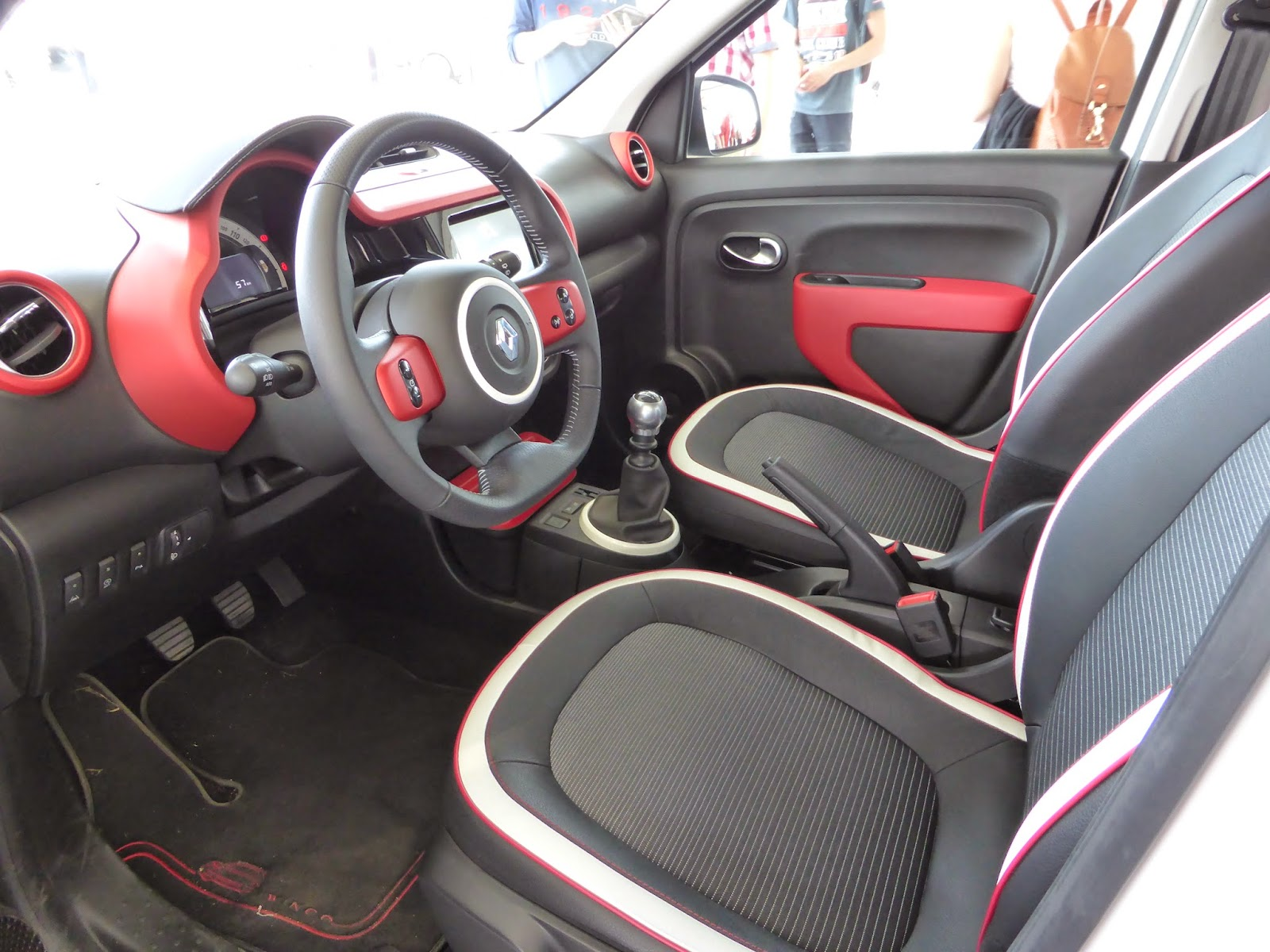 I couldn't find any nasty materials in the new Twingo's interior