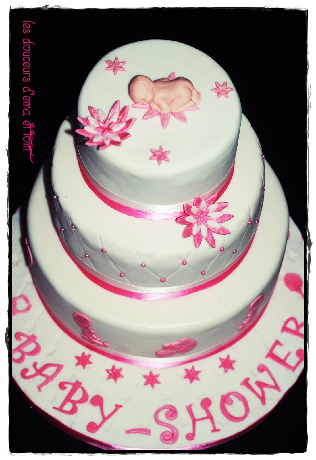 Les douceurs d 39 ema et tom cake design baby shower girly - Gateau bebe fille ...