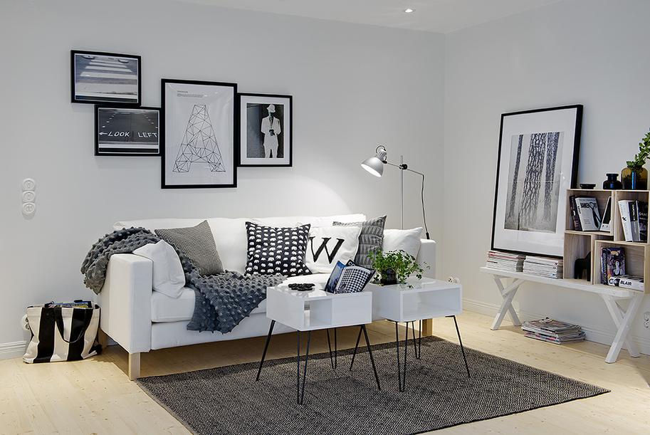 Kreativa kvadrat ab ett svart och vitt hem p - Decoracion salon blanco y negro ...