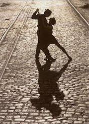 Ojalá fuera todo tan fácil como dejarse llevar al bailar.