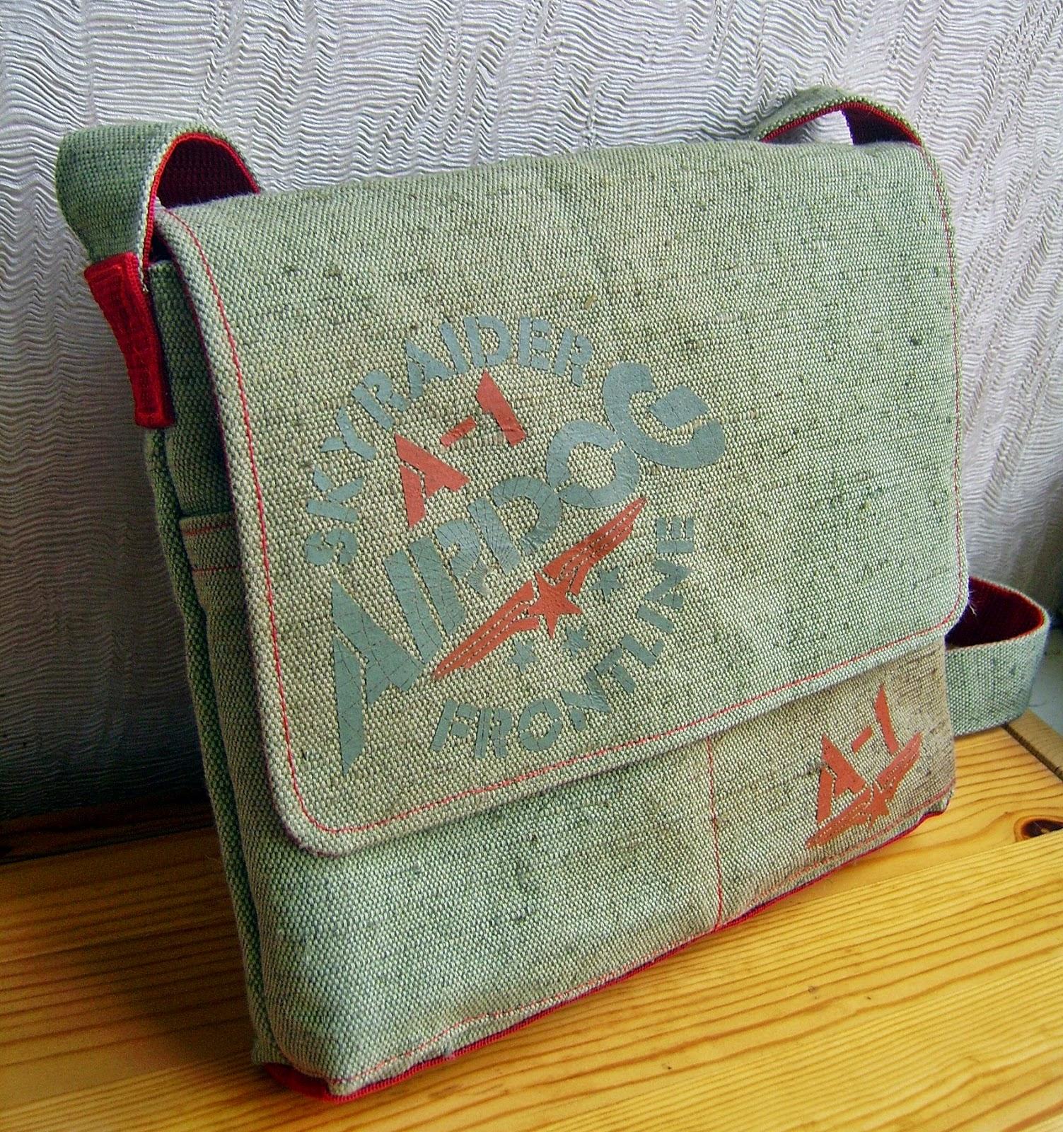 сумка-планшет для сына