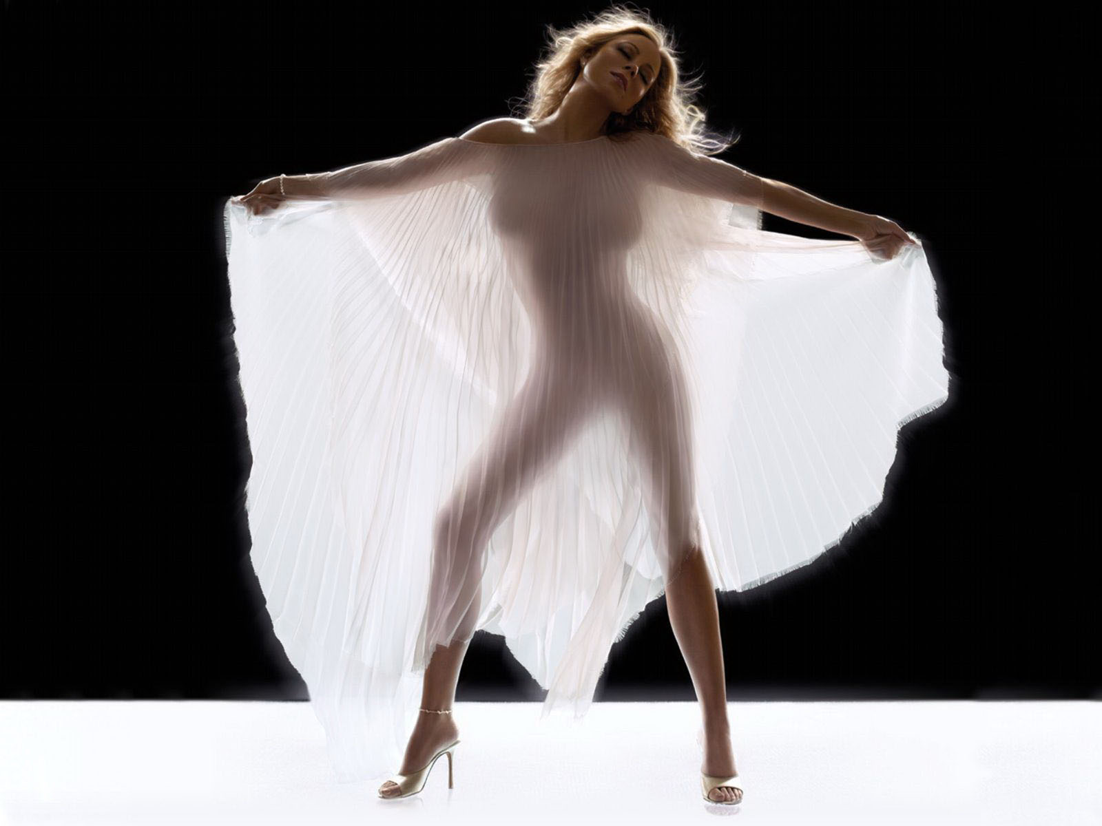 http://3.bp.blogspot.com/-YISn9ws7248/Txq4LqP2KeI/AAAAAAAADg4/TbGNfKJL3wM/s1600/Mariah-Carey-015.jpg