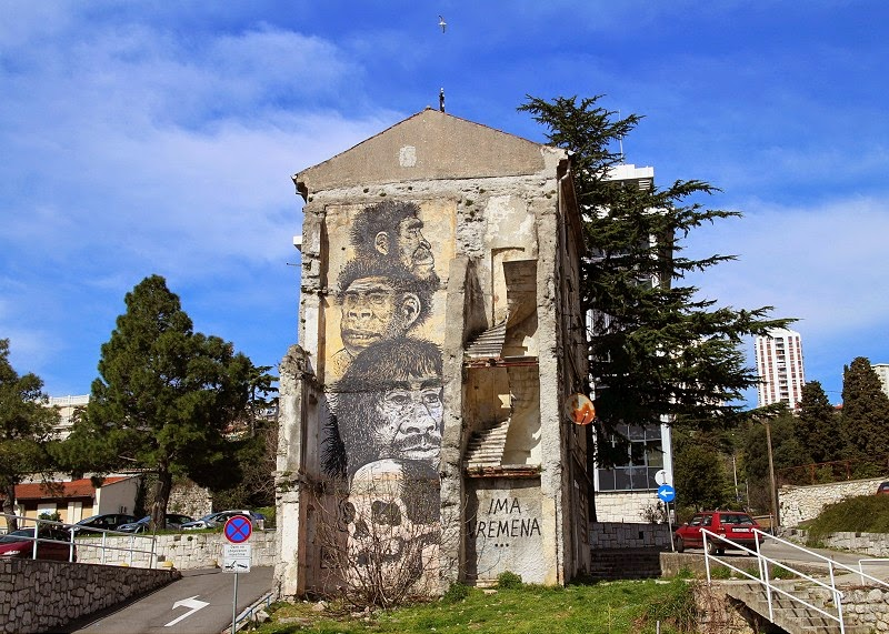 Croatian artist, painter and illustrator, Miron Milic, recently spent couple of days painting a new mural on an old building in the very center of Rijeka, Croatia.