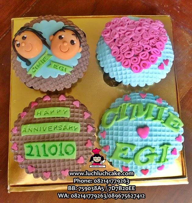Cupcake Anniversary Imut dan Lucu Daerah Surabaya - Sidoarjo