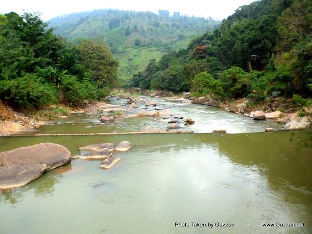 Sri Lanka Waterfall Badulu Oya, Bdulla