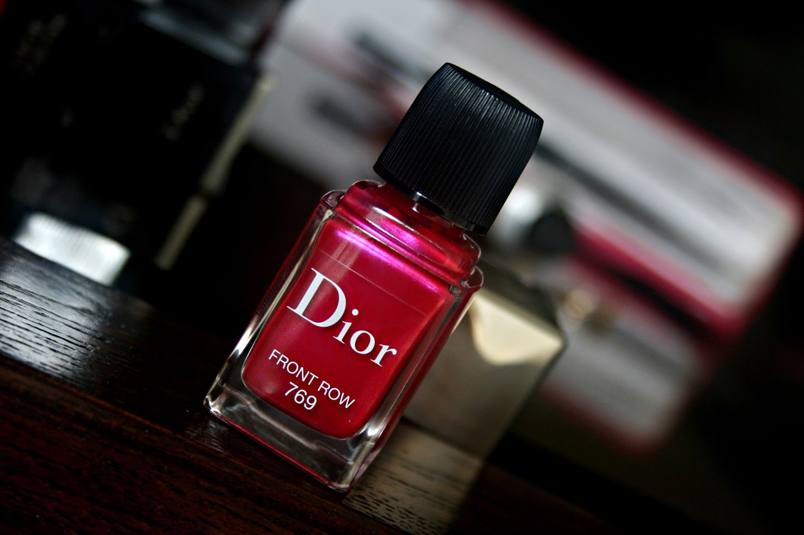 Dior Vernis Gel Shine and Long Wear Nail Lacquer Front Row 769 Review, Photos & Swatches