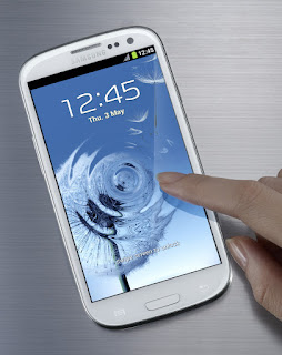 Samsung Galaxy SIII Announced! Features, Tech Specs, Price and more!