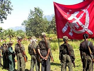 Tomarias las armas ? Maoists_plga