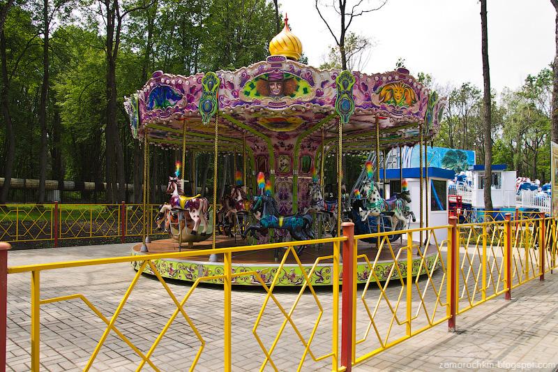 Аттракцион Лошадки, парк Пролетарского района, Саранск