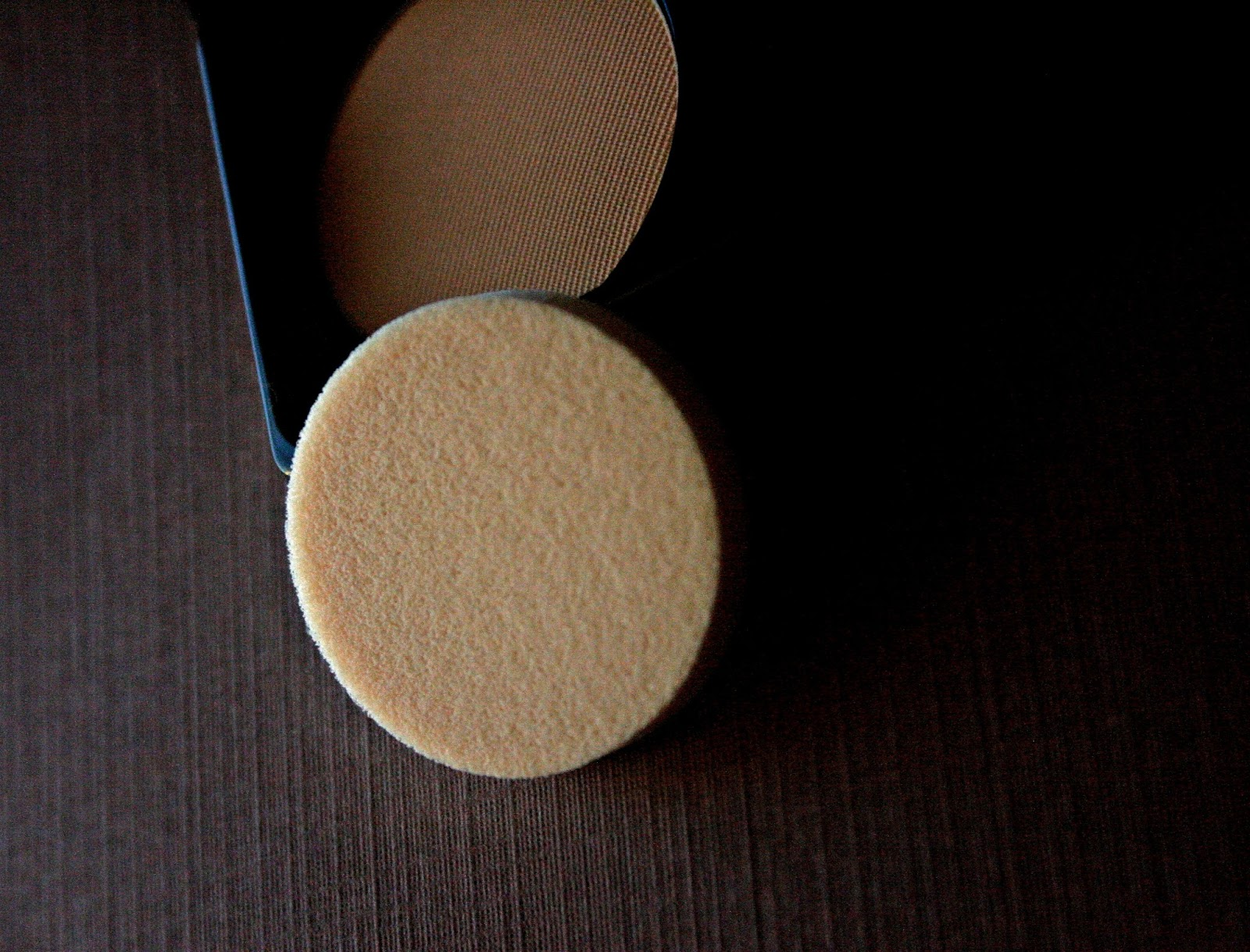 Make Up For Ever Pro Finish Multi-Use Powder Foundation #128 Sponge Applicator