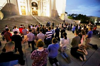 David Lavric 🔴 Nu-i alungați din biserică