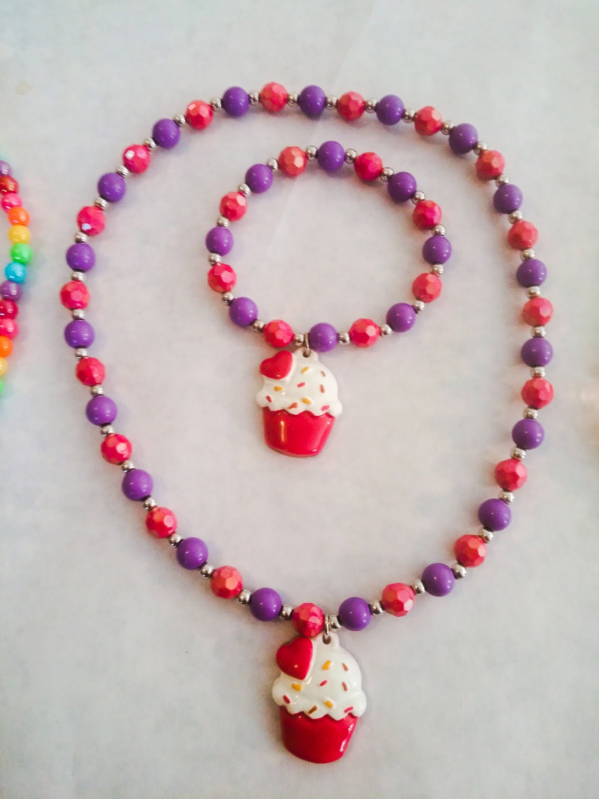 LITTLE GIRLS CUPCAKE JEWELRY