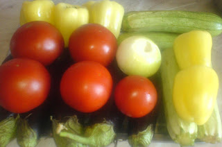 legume pentru umplut, legume, retete cu legume, vinete, dovlecei, ardei, retete culinare, preparate culinare, retete de mancare, rosii, retete cu rosii, rosii de gradina,