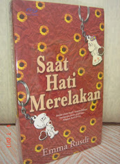 Novel Pertama ~ Saat Hati Merelakan