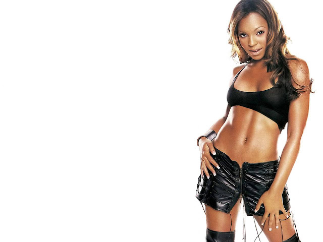 Hot Pictures of Ashanti