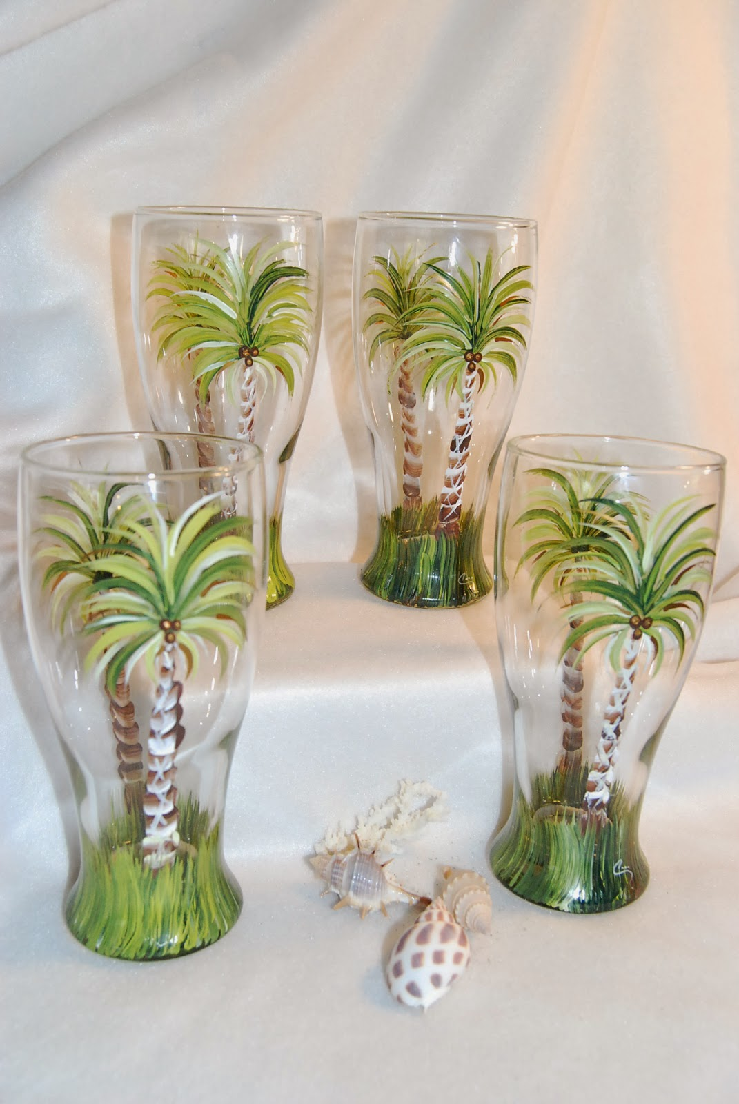 Hand Painted Beer Glasses and Beer Mugs