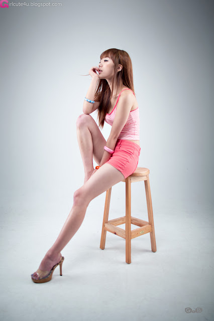 2 Minah - Hot in Hot Pink-very cute asian girl-girlcute4u.blogspot.com
