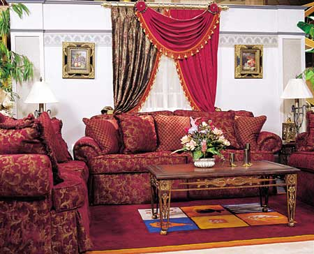 Sofa set With 10 Qutions