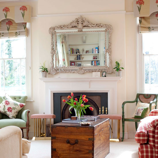 New home interior design take a tour of this 19th century for Victorian villa interior design