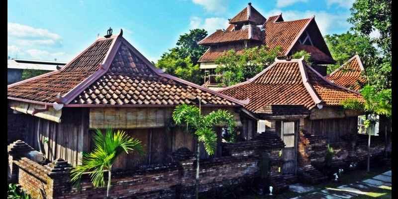 Rumah Budaya Tembi Menyimpan 3000 Benda Kuno Dan Antik