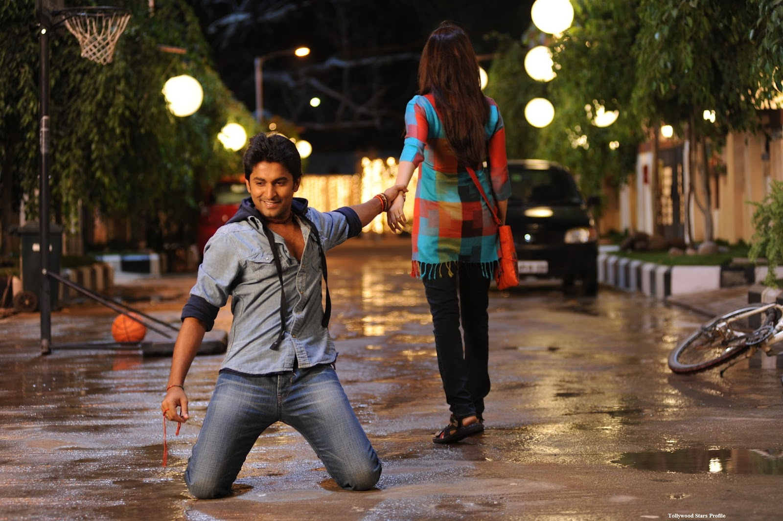 Eega (Telugu) Movie (2012) - BookMyShow