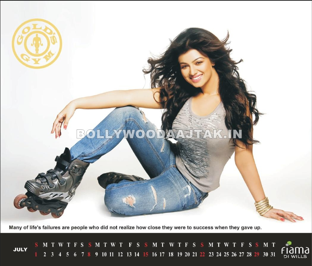 GOLD&#8217;S GYM Calendar 2012 Photoshoot