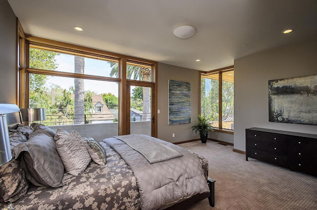 Second bedroom in the Contemporary Style Home in Burlingame