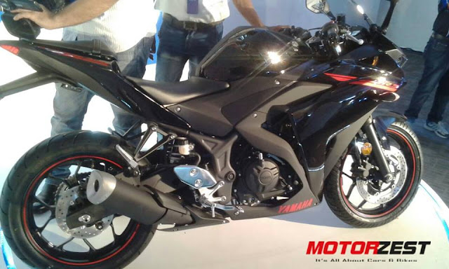 Yamaha R3 Lightning Black launch in India