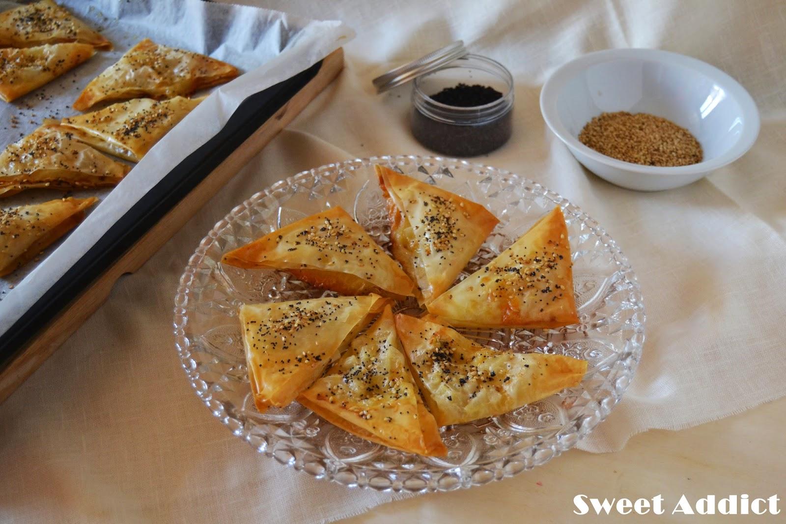 Triangulos de pasta filo rellenos de pera y gorgonzola - Que hacer con la pasta filo ...