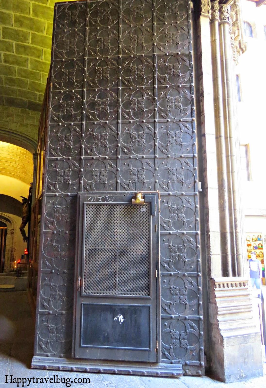 Giant front door of the Basilica Santa Maria del Pi in Barcelona, Spain