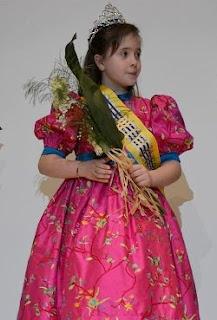 REINA INFANTIL 2013