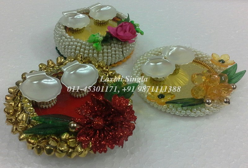 Pooja thali for rakhi pooja aarti thali decoration for Aarti thali decoration pictures