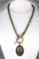 New Rosalie Hale necklace Breaking Dawn