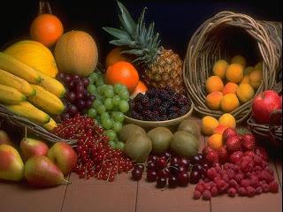 ما هي الطريقة الصحيحة لتناول الفاكهة؟