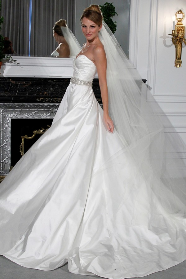 Fall 2012 Legends by Romona Keveza Bridal Gown - Legends by Romona Keveza 2012 Gelinlik Modelleri