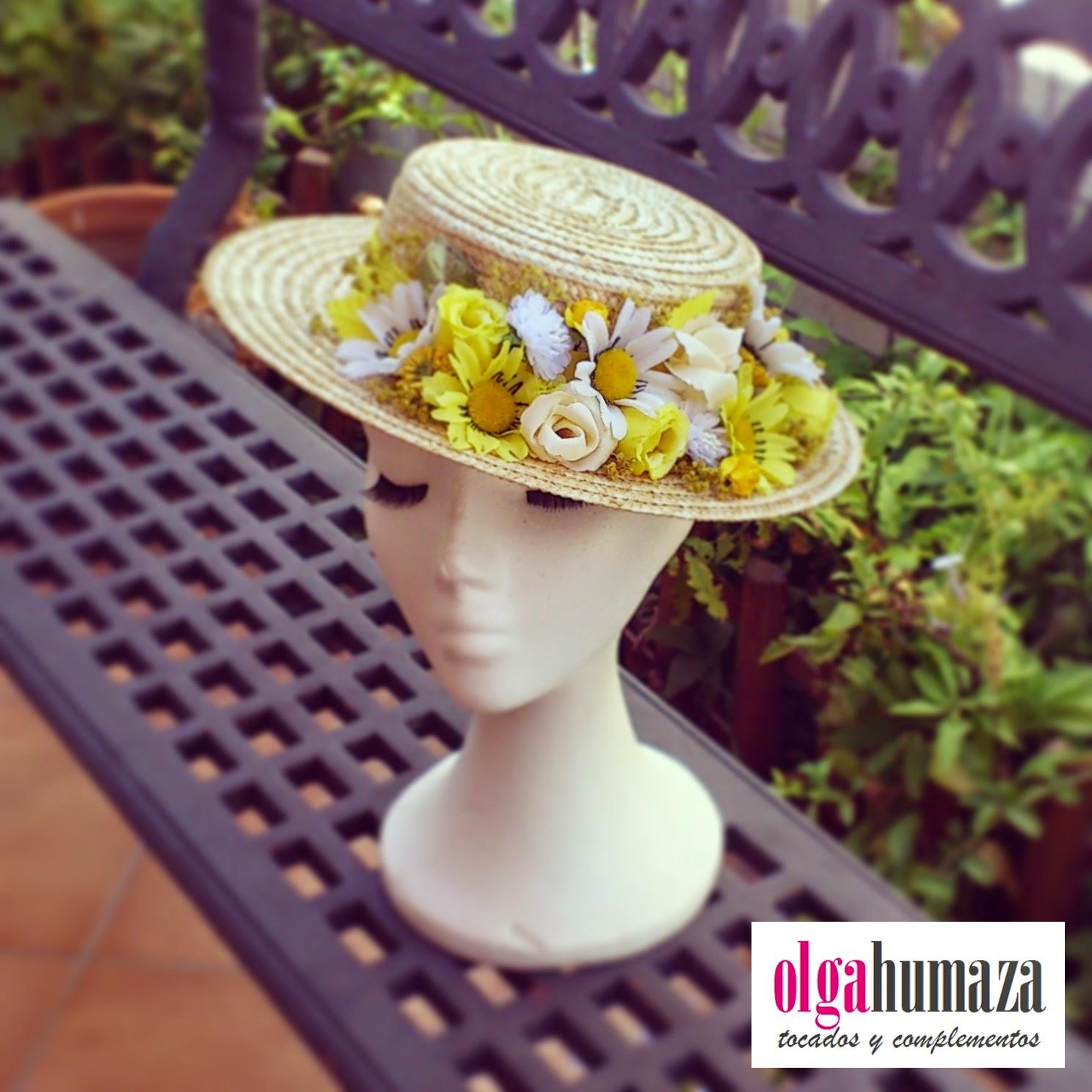 http://olgahumaza.blogspot.com.es/2014/09/b59-tocado-sombrero-mini-canotier.html