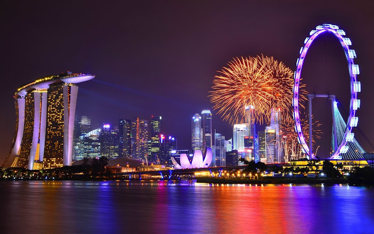 Vista nocturna de Singapur, Asia. Fotografía tomada de internet.