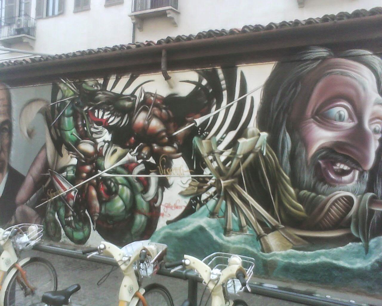 GRAFITI  IN  ST  LORENZO  MILAN