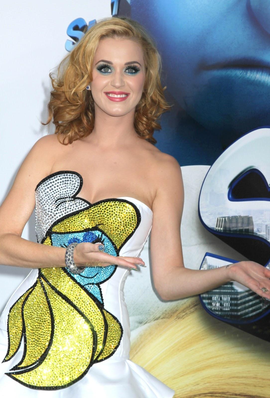 http://3.bp.blogspot.com/-YLbZUS-JBfs/UCszP7oWP3I/AAAAAAAALUc/6MhrAT1r1po/s1600/Katy+Perry+Smurf+Outfit+(4).jpg