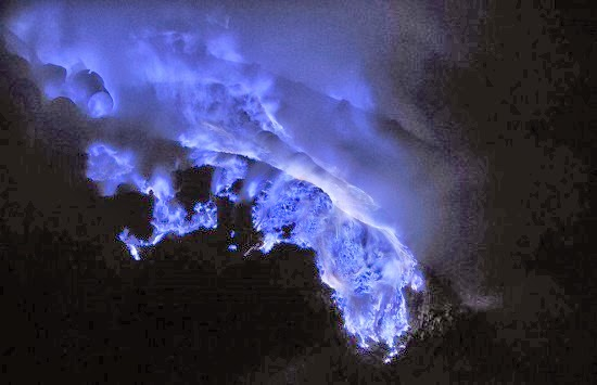Indonesian Volcano Spews Hauntingly Beautiful Blue Lava
