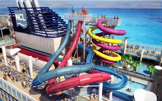 3 Storey Waterpark onboard Norwegian Cruise Line's  Norwegian Breakaway.